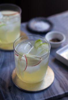 White Wine Fall Sangria Recipe from @aida amira Mollenkamp www.aidamollenkamp.com