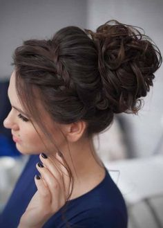 Prom hairstyles for long hair confuse many because they wonder what to do with the length. Try a cute, loose bun. Keep the bun low creates a modern boho chic look that is totally fresh and trendy. Check out more Prom Hairstyles For Long Hair by clicking here.#Allhairstylesblog #PromHairstylesForLongHairhalfup #PromHairstylesForLongHaircurly #PromHairstylesForLongHairupdo #PromHairstylesForLongHairalldown