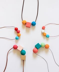 Learn how to paint wooden beads in a few easy steps. Great for making your own necklaces or key fobs!