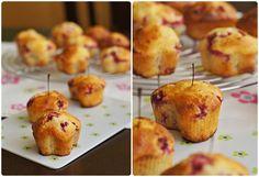 Pradobroty: Rybízové muffiny z jogurtového těsta