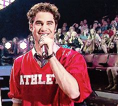 Darren Criss being an 'Athlete' Darren Criss Glee, Boys Are Stupid, Glee Club, Chris Colfer, Handsome Actors, My Idol, Fangirl, Tv Shows, The Incredibles