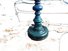painting on an old lamp, photo in several parts