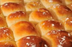 These Homemade Buttery Dinner Rolls Will Really Take Your Meal To The Next Level!