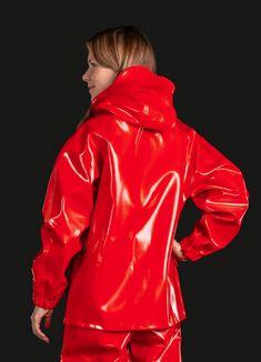 Segeljacke-Opalo - Farmerrain - Regnkläder med fokus på hållbarhet, funktionalitet och unik design Hazmat Suit, Vinyl Clothing, Pvc Raincoat, Rain Gear, The New Normal, Double Breasted, Unisex, Rain Jacket, Windbreaker