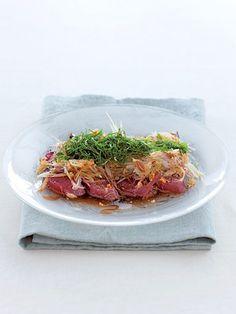 【ELLE a table】かつおのたたきサラダレシピ エル・オンライン