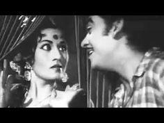 A romantic comedy song by the legendary #KishoreKumar , #LataMangeshkar & #Madhubala is just best dessert after lunch.