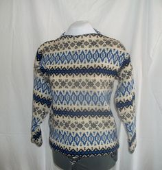 Vintage Men's Wool Ski Sweater Blue Sweaters, Wool Sweaters, Timeless Fashion, Vintage Fashion, Men's Fashion, Ski Sweater, Vintage Ski, Sweater Making, Knitting Designs