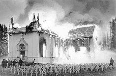 Kauhajoen kirkko palaa v.1956.