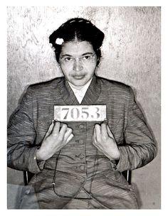 Rosa Parks - Rosa Parks 1913-2005, recusou-se a ceder seu assento de ônibus para um homem branco que conduz indiretamente a alguma da legislação mais significativo da história dos direitos civis americano. Ela procurou minimizar o seu papel na luta pelos direitos civis, mas para ela campanha pacífica e digna ela se tornou uma das figuras mais respeitados nos movimentos de direitos civis.