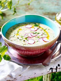 Du hast noch nie Radieschensuppe gekocht? Unbedingt nachholen!