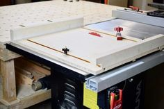 DIY Table Saw Crosscut Sled