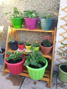 10 DIY Plant Stand Ideas for an Outdoor and Indoor Decoration – - odsgres. Backyard Projects, Outdoor Projects, Pallet Projects, Diy Projects, Wooden Planters, Planter Pots, Planter Ideas, Diy Plant Stand, Plant Stands