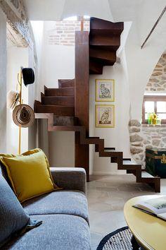 Beautiful stone villa in Italy by Russian decorator Zhenya Zhdanova | PUFIK. Beautiful Interiors. Online Magazine