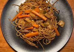 Kínai ananászos-csilis marha | Юлчи receptje - Cookpad receptek Japchae, Spaghetti, Ethnic Recipes, Food, Essen, Yemek, Spaghetti Noodles, Meals