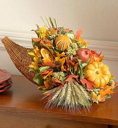 ✨ trifle crafts activities background quotes skull hip tips retaining tutorial italian men Fall Table Centerpieces, Thanksgiving Centerpieces, Flower Centerpieces, Fall Harvest Decorations, Halloween Flowers, Fall Flower Arrangements, Autumn Decorating, Decorating Ideas, Tequila