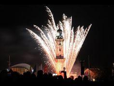 Leuchtturm in Flammen 2014 in Warnemünde.
