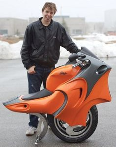 Uno Motorcycle  Cool self-balancing motorcycle that uses a pair of gyroscopes to constantly keep its rider upright