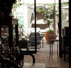 Zoc   Coffee & tea, Shopping, Snacks, Restaurants (Intern.)   Starters € 12 Via delle Zoccolette 22, Roma   +390668192515 Tue – Sun 19:30 – 00:00, Sat 12:30 – 15:00, Sun (brunch) 12:30 – 15:30
