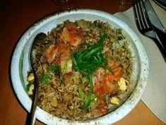 Asian fusion Kimchi fried rice 동양 퓨전 김치 볶음밥  볶음밥 (bo-ggeum-bap) fried rice  www.mylanguageconnect.com