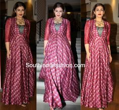 Raveena Tandon in Label Anushree – South India Fashion Designer Party Wear Dresses, Kurti Designs Party Wear, Kurta Designs, Saree Blouse Designs, Dress Indian Style, Indian Fashion Dresses, Indian Designer Outfits, Indian Gowns, Indian Wear