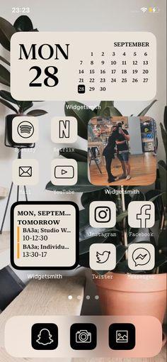Iphone Homescreen Wallpaper, Wallpaper App, Iphone Background Wallpaper, Wallpaper Ideas, Wallpapers, Iphone App Design, Iphone App Layout, Telephone Iphone, Iphone Home Screen Layout