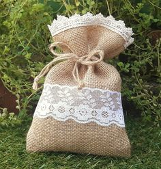 20 pieces hessian jute burlap wedding doorgift pouch  Create a beautiful event with these handmade favor bags. This item will definitely make your