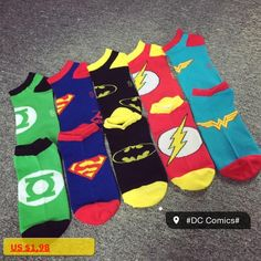 1 pairs / lot Hot 2017 New DC series superhuman men and women breathable cotton socks casual socks cartoon free shipping