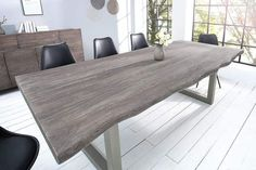 Solid tree trunk table MAMMUT gray Acacia solid wood Industrial Chic Sled base with thick table top – The impressive power of wood – immortalized in a table for you Discover S Source by Design Tisch, Table Design, White Table Top, Grey Table, Industrial Interior Design, Industrial Interiors, Tree Trunk Table, Coffee Table Size, Loft Interiors