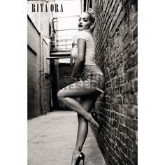 Poster: Rita Ora - alley