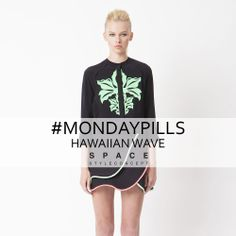 "Be overwhelmed by the hawaiian wave signed Space Style Concept to begin this week with the ""flower"" right.  #HawaiianWave #MondayPills"