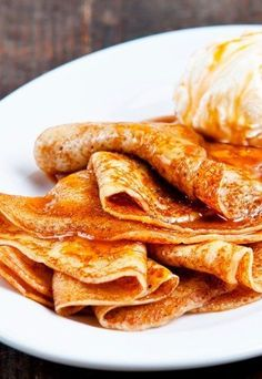 Golden brown, crisp, sweet smelling circles of goodness, crepes are another French delight to tickle your taste buds. To find out how to make crepes from scratch, read this article. Crepes, Snack Recipes, Dessert Recipes, Healthy Recipes, Snacks, Breakfast Desayunos, How To Make Crepe, Pancakes And Waffles, Nutella