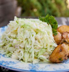 Creamy Apple Cole Slaw - Салат с Капусты Recipe Ukrainian Recipes, Russian Recipes, Russian Desserts, Broccoli Grape Salad, Cabbage Salad, Salad Recipes, Healthy Recipes, Coleslaw Recipes, Creamy Coleslaw