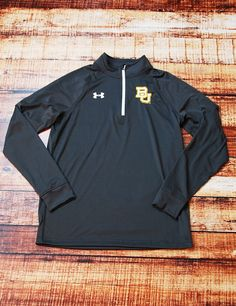Nothing better than being able to show your school spirit than in this awesome new Under Armour BU top! Sic 'em Bears!