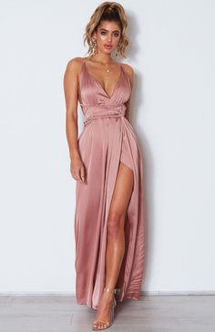 The Akela Maxi Dress Dusty Pink. Dusty Pink Outfits, Dusty Pink Dresses, Pink Satin Dress, Silky Dress, Satin Dresses, Fancy Maxi Dress, The Dress, Evening Dresses, Prom Dresses