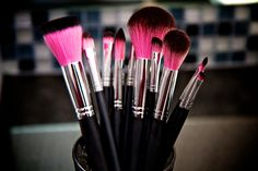 12 Piece Synthetic Professional Makeup Brushes with Brush Cup Holder    http://www.sedonalace.com/Cosmetic-Brushes/168/12-Piece-Synthetic-Professional-Makeup-Brushes-with-Brush-Cup-Holder.aspx