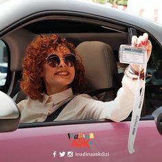 Defne ve Yalın dışındaki tüm karakterler aşkı keşfetmeye başladı bile. İnadına Aşk 3. bölüm fragmanı heyecanla izlendiyse bizce bu dizi büyük başarılara imza atacak gibi görünüyor. İnadına Aşk Defne Yalın – Can Yaman Açelya Topaloğlu Short Curly Haircuts, Curly Hair Cuts, Fox Tv, Turkish Actors, Wattpad, Instagram, Singers, Photo Wall, Facebook