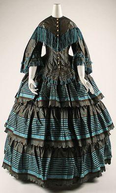 Dress 1854, British, Made of silk