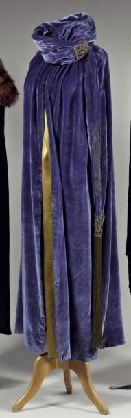 Evening cape (c. 1924) - attributed to Babani