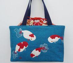 Goldfish (ranchu) bag. Looks like something I could make.
