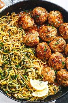 Garlic Butter Meatballs with Lemon Zucchini Noodles - This easy and nourishing skillet meal is absolutely fabulous in every way imaginable! Garlic Butter Meatballs with Lemon Zucchini Noodles - This easy and nourishing skillet Healthy Dinner Recipes, Appetizer Recipes, New Recipes, Yummy Appetizers, Sandwich Appetizers, Cheese Appetizers, Appetizer Ideas, Mexican Recipes, Healthy Snack Recipes