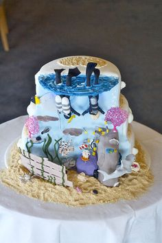 Amazing Scuba Diving Wedding Cake.