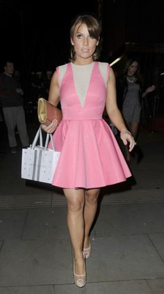 830c3096ba (Coleen) I love this pink dress paired with white accessories