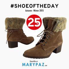 Nuestro #SHOEOFTHEDAY se lo dedicamos a nuestro botín de pelito !! ►►► AHORA tienes un 25% dto. en artículos seleccionados en nuestra amplia red de tiendas y en nuestra tienda online #shoeoftheday #shoesandthecity #streetstyle #locaporlamoda #cityMARYPAZ #streetstyleMARYPAZ #autumnwinter15  BOTÍN 25% dto. ► http://www.marypaz.com/tienda-online/botin-de-piel-de-tacon-ancho-con-borde-de-pelo-48137.html?sku=72798-35