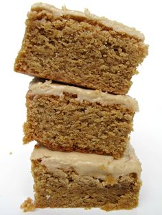 Brown Butter-Brown Sugar Bars- chewy bars with toasty brown butter flavor and creamy soft brown sugar frosting | The Monday Box