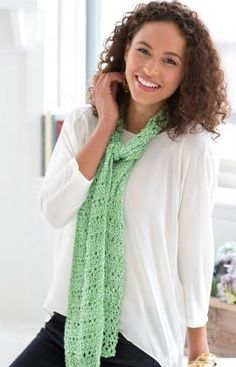 Drop Stitch Spring Scarf By Christine Marie Chen - Free Knitted Pattern - (redheart)