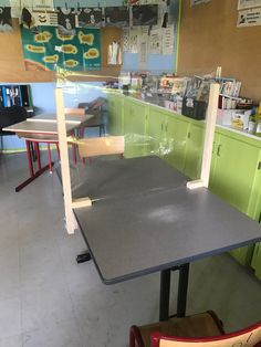 Classroom Desk, Classroom Hacks, Classroom Organization, Classroom Management, Desk Partitions, Classroom Seating Arrangements, Desk Dividers, Teacher Education, Special Education