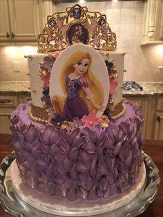 Bolo Rapunzel, Rapunzel Birthday Cake, Birthday Cake Write Name, Disney Princess Birthday Cakes, Twin Birthday Cakes, Funny Birthday Cakes, Tangled Birthday Party, Purple Princess Party, Happy Birthday Wishes Photos