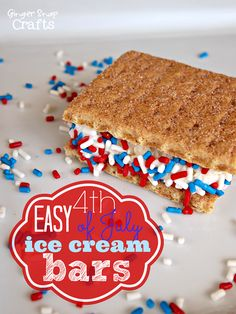 Love these easy #4thofJuly #icecream bars at gingersnapcrafts.com