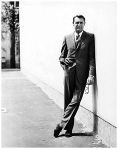 """Everyone wants to be Cary Grant. Even I want to be Cary Grant. Cary Grant, Old Hollywood, Classic Hollywood, Hollywood Glamour, Hollywood Icons, Hollywood Picture, Gropius Bau, Becoming An American Citizen, La Mode Masculine"