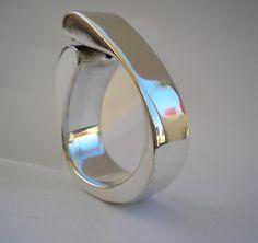 Hollow Form Ring by Katrinas Jewel, via Flickr